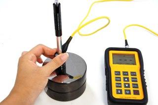 硬さ計での硬度測定